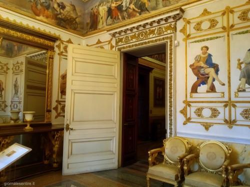 il fotoservizio è di www.giornalesentire.it