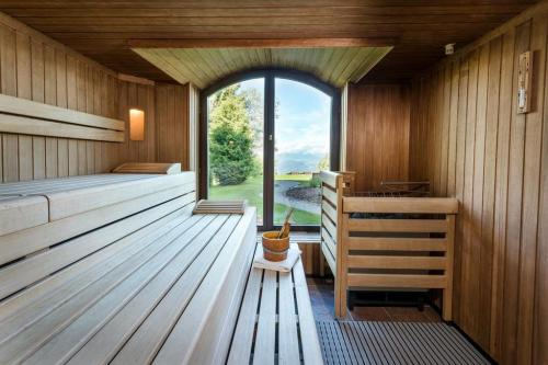Il Centro benessere Alpenwelt SPA ha piscina riscaldata coperta, sauna finlandese, bagno a vapore, area riposo