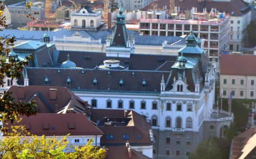 L'Università di Lubiana vista dal Castello