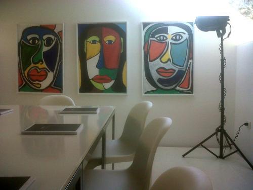 Qualcuno ha creduto nelle sue opere (nella foto lo studio Manzana)