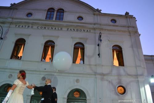 Rovereto lo ricorda con il Teatro Zandonai a lui dedicato in vita (foto C.Perer)