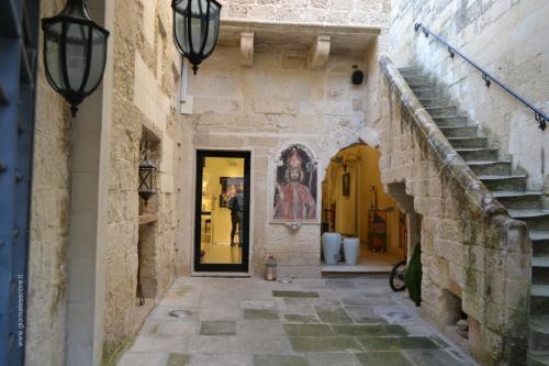 Le corti interne nel centro storico di Maglie