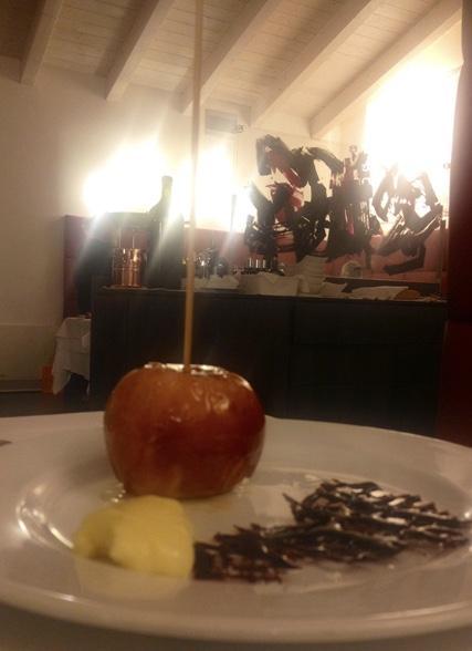 la mela caramellata