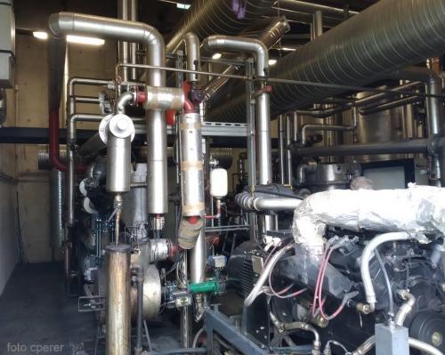 Il complesso meccanismo di tubi ideato dal titolare dell'hotel: la centrale è unica al mondo
