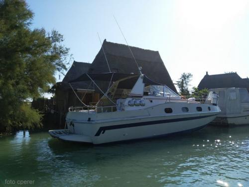 Oggi ai Casoni della Laguna di Caorle si arriva anche con lo yacht