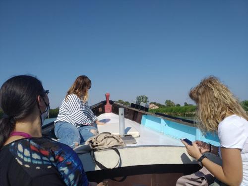 A bordo della Caorlina, perlustrando la Laguna