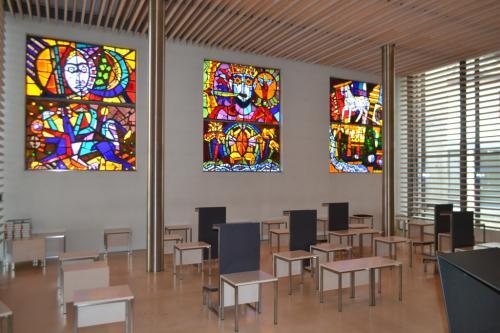 La Michaelskapelle intitolata a San Michele ospita opere di artisti contemporanei della Stiria.