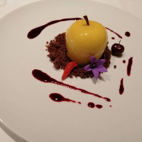 Ottima la cucina dello chef al Bühelwirt, premiato Biohotel a San Giacomo