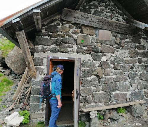 Il bivacco Bontadini (foto C.Perer)