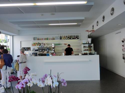 Museion, Bolzano: caffeteria-ristorante divenuta punto di ritrovo