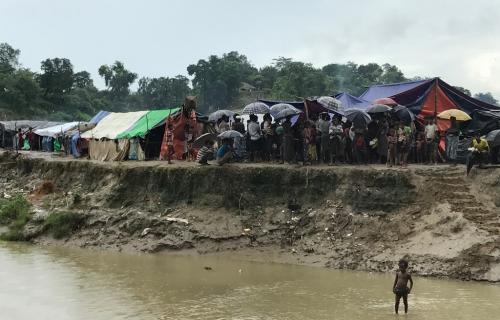 Aung San Suu Kyi  ha negato violenze e deportazioni