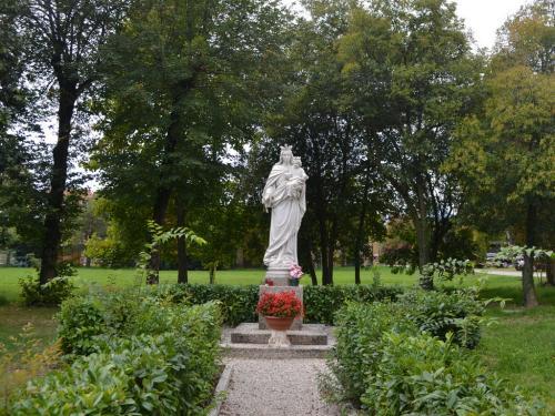La Madonna della Salute posta in località Monteortone in prossimità di una antichissima sorgente