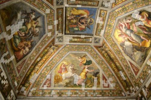 Castello Sforzesco: affreschi incerottati dopo il terremoto: implorano restauri