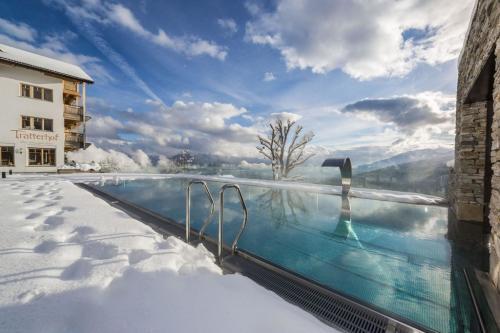 La piscina riscaldata anche d'inverno