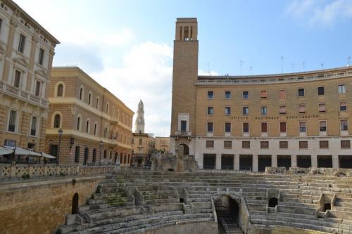 piazza Sant'Oronzo: è il salotto del leccesi