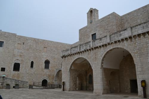Il Castello di Barletta è proprietà del Comune  (Foto C.Perer)