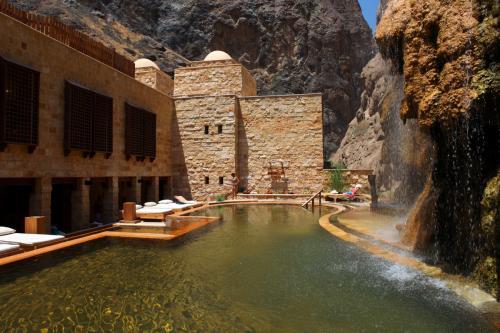 Evason Hot Springs un esclusivo 5 stelle arredato in stile zen