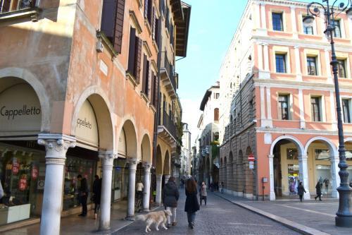 Treviso città di botteghe storiche e osterie per il rito del cicchetto