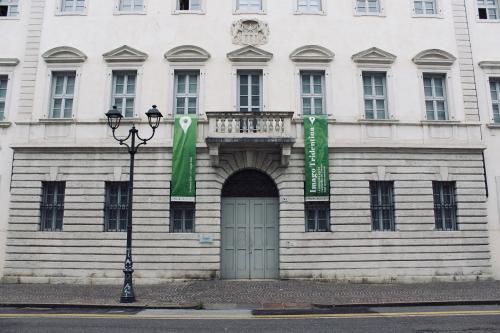 Il palazzo oggi: chiuso e di fatto non accessibile