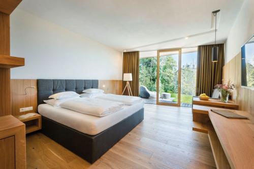 Stile minimal molto elegante nelle nuove suite dell'Hotel Belvedere