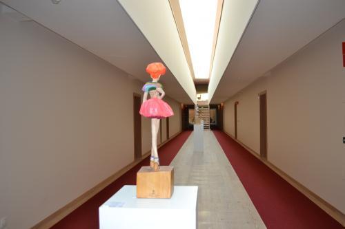 le sulture in legno dell'artista giapponese Hideki Linuma (foto: C.Perer)