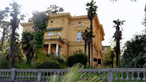 Molte ville monumentali sono oggi appartamenti e resort (foto C.Perer)