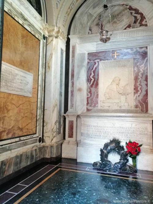La tomba appena restaurata del Sommo Poeta naugurata dal Presidente Mattarella