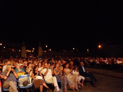 Il pubblico incantato da Simona Molinari