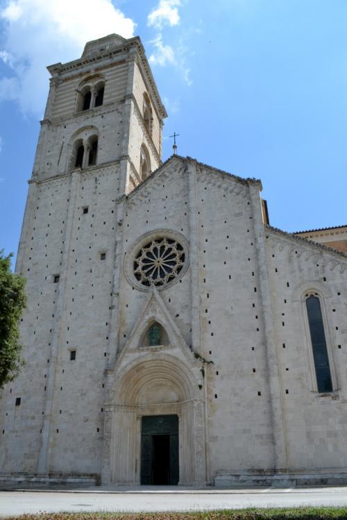 la facciata della Cattedrale