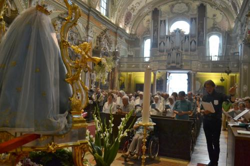 Il coro liturgico Beato Antonio Rosmini diretto da Giuliano Gardumi