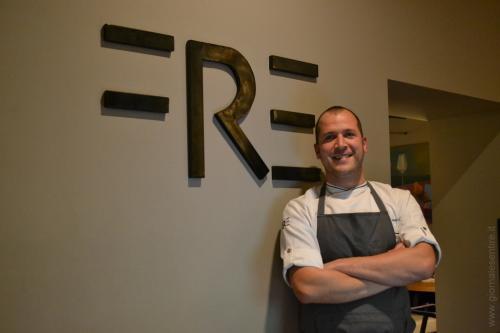 Lo chef  Paolo Meneguz del FRE a Monforte d'Alba  - Foto C.Perer