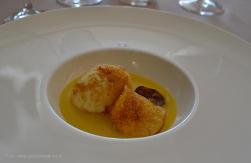 Uovo Bazzotto con crema di patate e zafferano - foto: giornalesentire.it