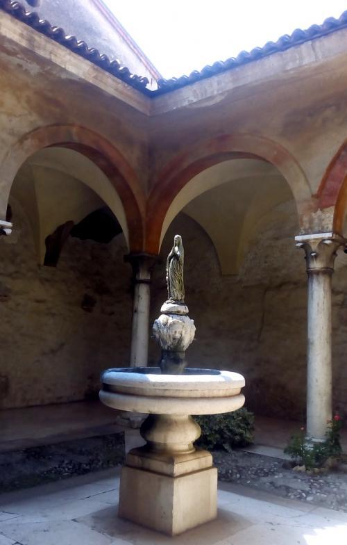 La Madonnina nel Chiostro (fotoservizio: www.giornalesentire.it)