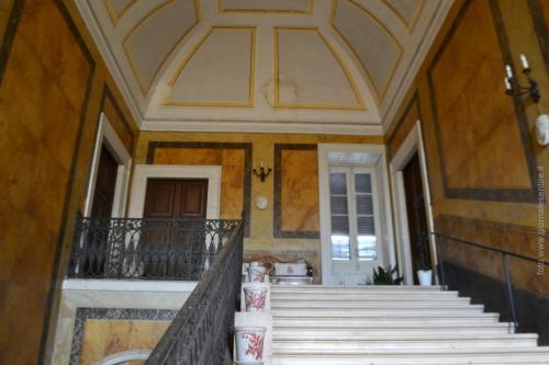 La scalinata a cui si accede alle stanze private della Famiglia Jatta (Foto: C.Perer)