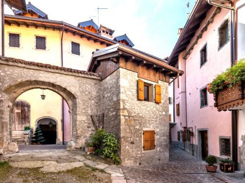 Una delle case adibite ad ospitalità alberghiera
