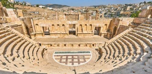 L'antico teatro romano di Gerasa, chiamata la Pompei d'Oriente