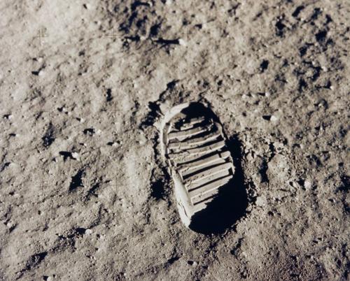 la celebre impronta umana sulla Luna: è il 1969