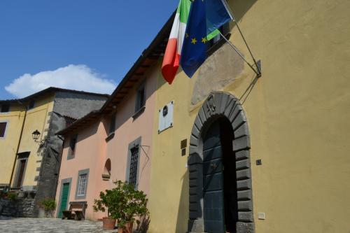 L'ingresso d Casa Puccini - fotoservizio: corona perer