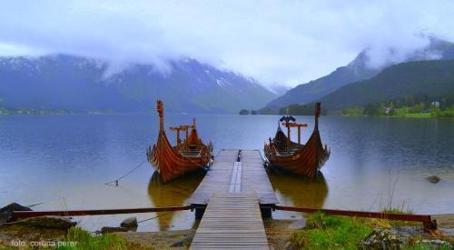 A Bjorkedalen, piccolo villaggio affacciato sul Nordfjord, un intero villaggio ha fatto da propulsore al progetto di ricostruire la nave (foto: C.Perer)