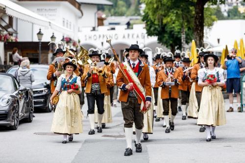 A luglio Seefeld in festa tra sfilate in costume, trattori e strudel