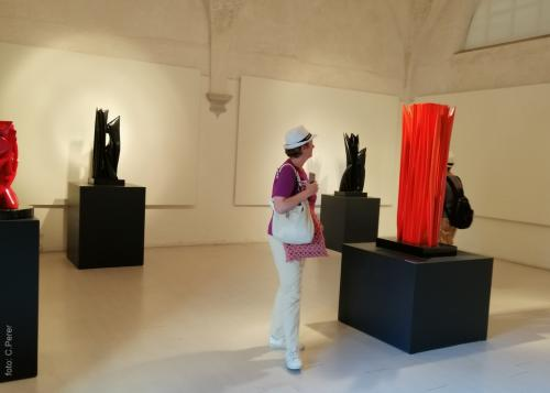 A Pieatrasanta il Chiostro di Sant'Agostino  anche uno spazio per mostre di arte contemporanea (foto www.giornalesentire.it)