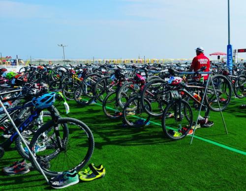 le bici degli atleti:  tutte partite e tutte tornate  - foto www.giornalesentire.it