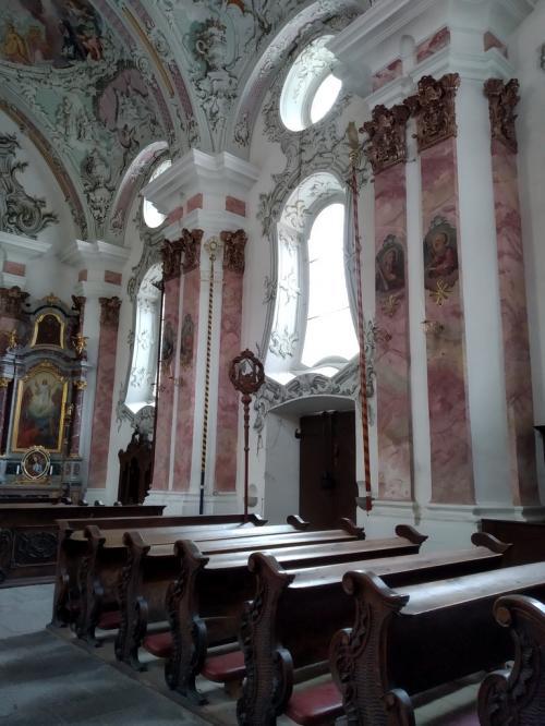 San Michele, un gioiello barocco e rococò che è andato a incastonarsi su una pre-esistente chiesa romanica
