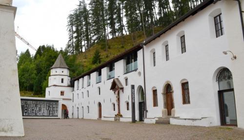 Dal 2007 è stato aperto un bel museo dedicato alla storia e ai tesori d'arte dell'abbazia benedettina.