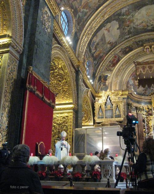 Descrivere l'oro che si vede alle pareti della Cattedrale di San Giovanni è difficile